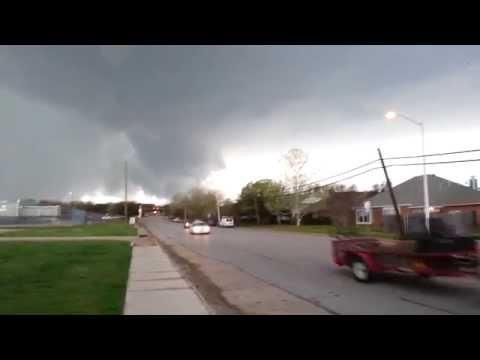 Tornado in Denton Texas 4/3/14