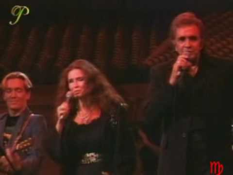 JOHNNY CASH and JUNE CARTER IT AIN'T ME BABE  - Bob Dylan Tribute Concert, 1992