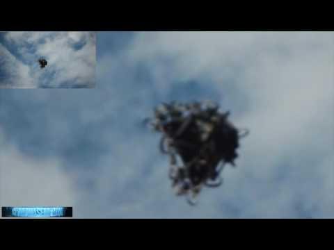 WEIRDNESS! Menacing UFO HD VIDEO! Insider Captures MORPHING Alien Craft! 10/7/2016