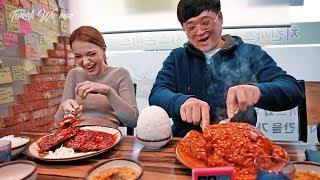 한국인 보다 매운음식 잘 먹는 외국인 클라스 (feat. 디진다돈까스)