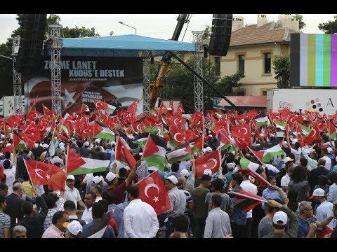 Filistin'e destek için on binler İstasyon Meydanı'ndaydı