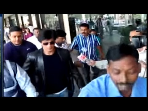 Shah Rukh Khan detained at Los Angeles airport again