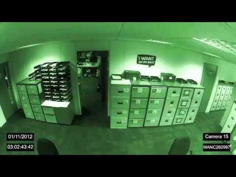 Increíble Poltergeist en una TV de Manchester Fenómenos Paranormales online video cutter com