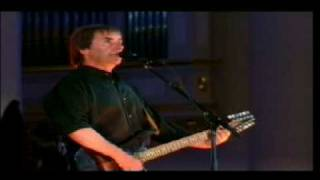 "Chris de Burgh, ""Carry me like a fire in your heart"" Live."