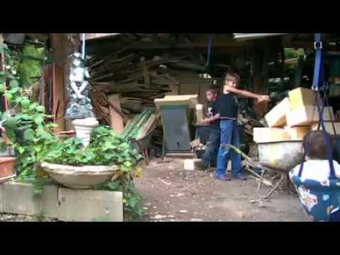 puntigam anastasia beim holz hacken 2012