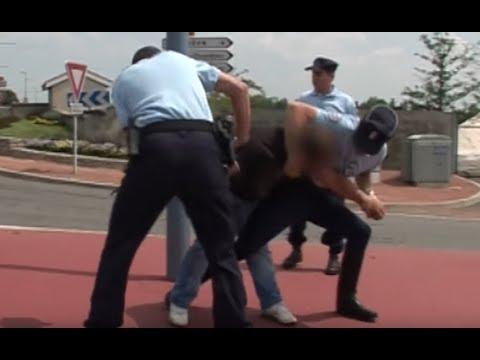 Officiers gendarmes : un parcours d'�lite - Reportage
