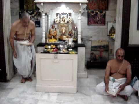 BHAGAWAD DHYANA SOPANAM;SWAMI DESIKAN STOTRAM RECITATION AT SRI DESIKA SABHA,MUMBAI;22 MAR 2009