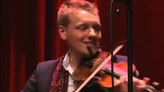 "Blum & Haugaard: ""Spurven sidder stum bag kvist"" from Nordic Christmas tour 2011"