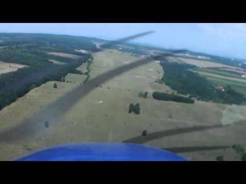Strong Wind Landing Cessna 172
