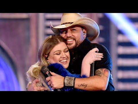 Kelly Clarkson's Best Country Duets - Taste of Country News 360