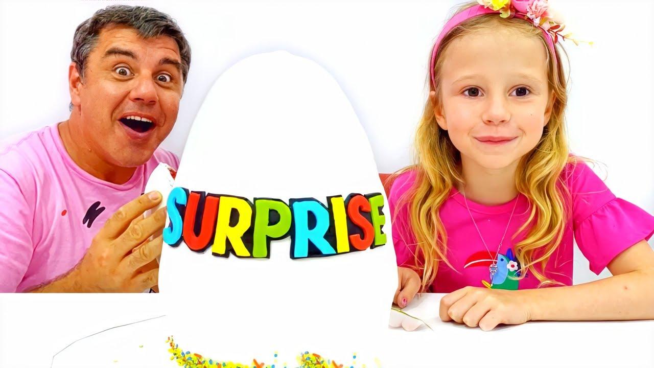Nastya e o pai fingem brincar com ovos surpresa coloridos