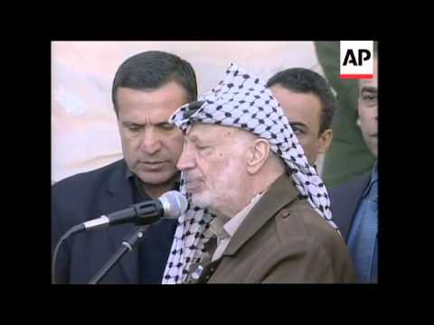 Arafat with Egyptian envoy, comments on Jenin and meeting