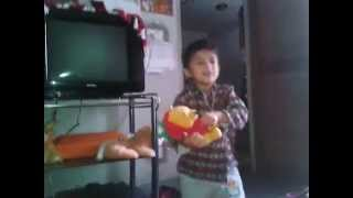 Nepali Child Singing Hindi song