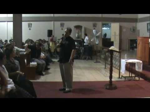 HERIDAS DE AMOR - Padre Charly García - Herederos del Cielo