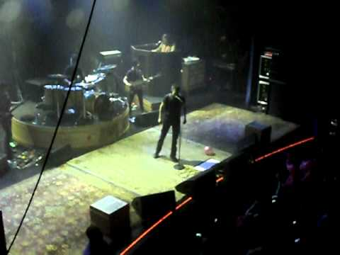 Brandon Flowers - On The Floor (Live @Capitol, Offenbach)