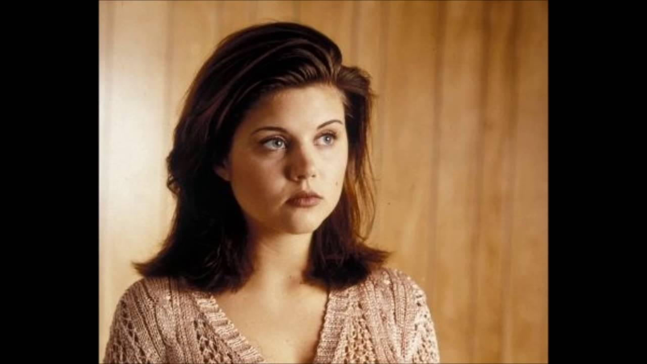 Tiffani amber thiessen she fought alone