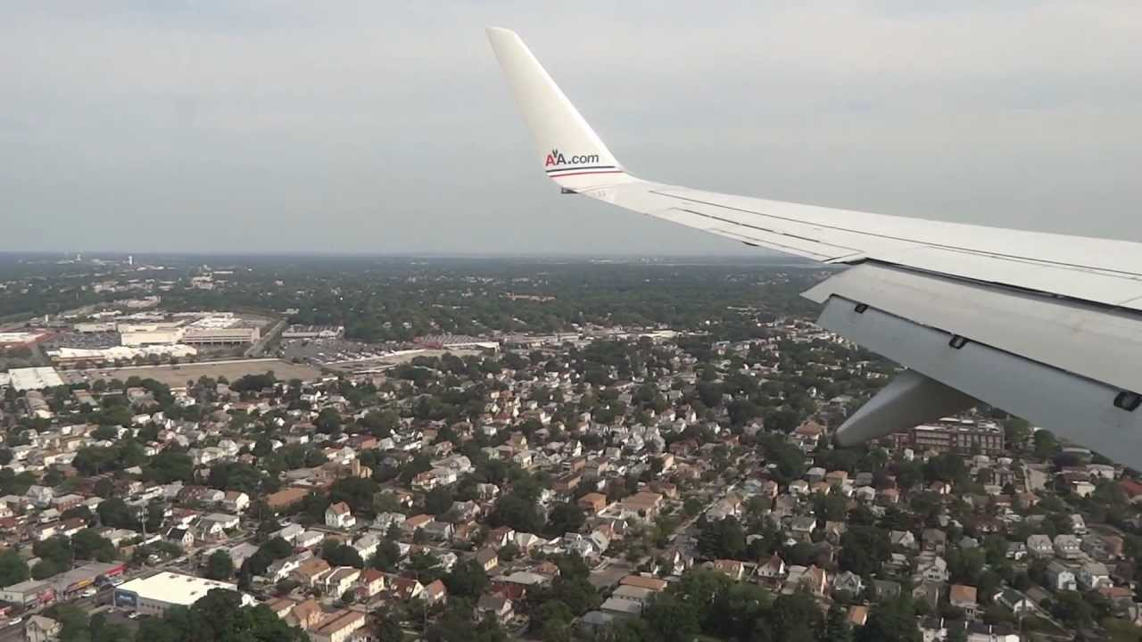 American Airlines B737 800 Landing Into New York