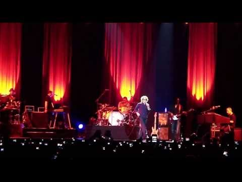 Simply Red Movistar Arena Abril 28 2010 - Holding back the years