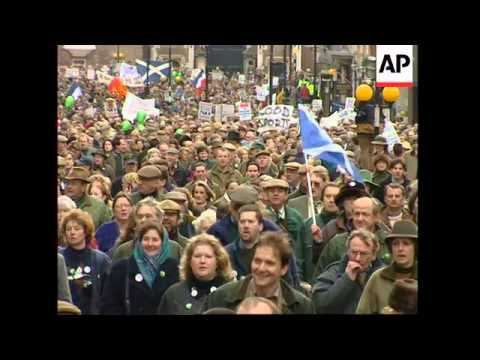 UK: LONDON: PROTEST AGAINST TREATMENT OF COUNTRYSIDE CONSTITUENCY