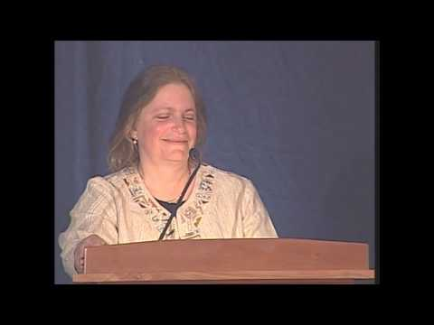 Dr. Karen Levine Receives the Martha H. Ziegler Founders Award at the Federation Gala 2010