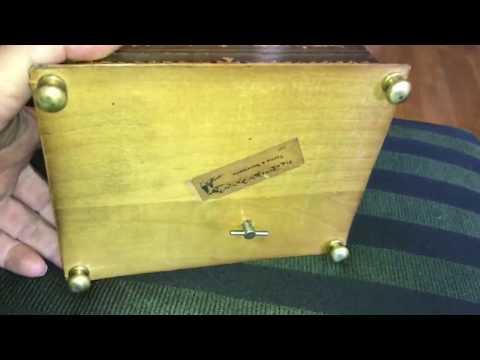 Vintage cigarette music box