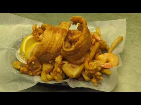 Just Eat It! - J's Crab Shack In Hartford, CT