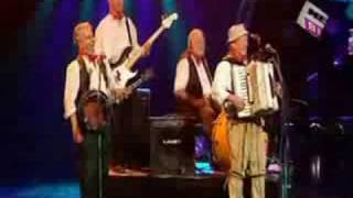 The Wurzels - Never Mind The Buzzcocks Christmas edition - T
