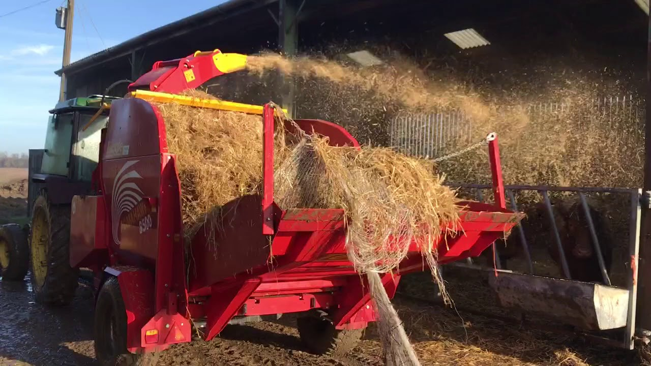 Download John Deere 2040S Barn Find, First day on farm after years of storage, Teagle 8500 straw Spreader