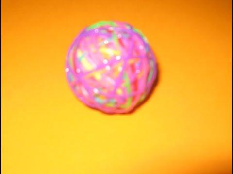 Как сделать мячик попрыгунчик из резинок Rainbow Loom без станка своими руками. Поделки с детьми смотреть в хорошем качестве