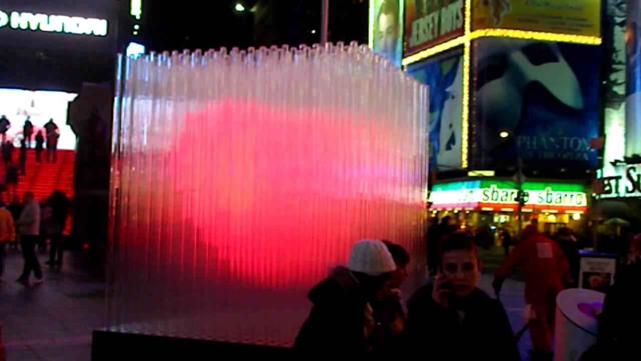 BIG ♥ (Heart) NYC   Valentineu0027s Day 2012: Bjarke Ingels Group U0027Heartsu0027  Times Square   YouTube