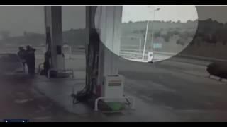 İstanbulda Helikopterin Düşüş anı kameralarda! - Beylikdüzü Helikopter kazası! Son dakika haber