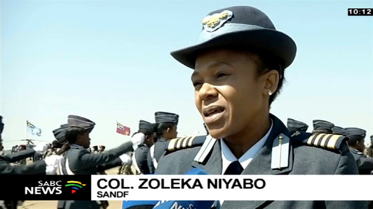 SANDF wraps women's month with an all-women's parade