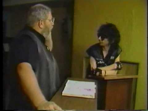 MTVs The Cutting Edge with Jeffrey Vallance: Stiv Bators