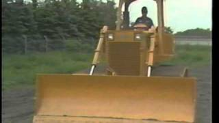 Operator Daily Maintenance of Crawler Tractors
