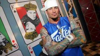 Watch Vanilla Ice Fame video