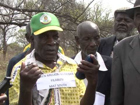 Robert Mugabe, Joshua Nkomo; the path to independence