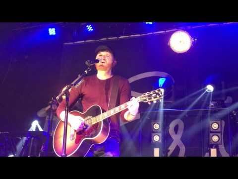 Eric Paslay She Don't Love You Live 2017