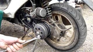 Как поменять ремень на скутере(, 2013-08-29T13:50:14.000Z)