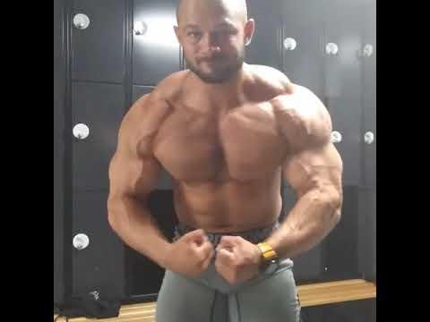 Zachary Krajniak posing - YouTube