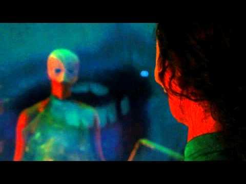 Snövit och sju miffon - Trailer