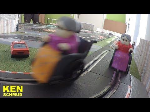 Slotcar Granny Racing | Rollstuhl | Wheelchair | Carrera, Scalextric, Ninco, SCX