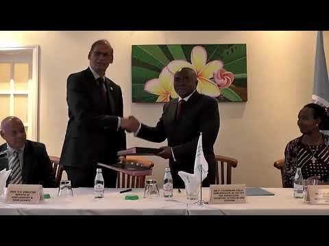 Maurice Info - [Vidéo News] Signature Country Programming Framework  entre Maurice et la FAO