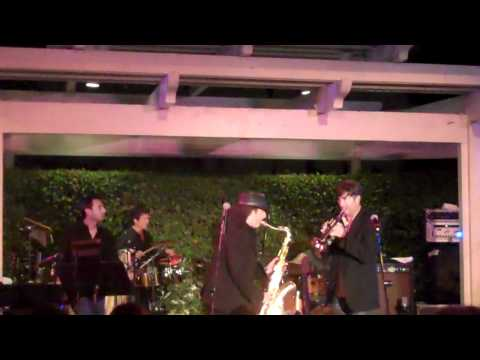 Boney James and Rick Braun perform