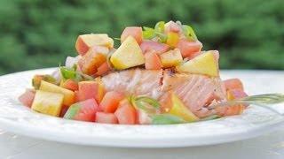 Salmón marinado a la parilla con salsa de melocotón y tomate | Reto de #Mizkanlatino