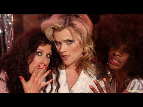 The Pointless Sisters  PARODY of POINTER SISTERS Slow Hand Starring Missi Pyle