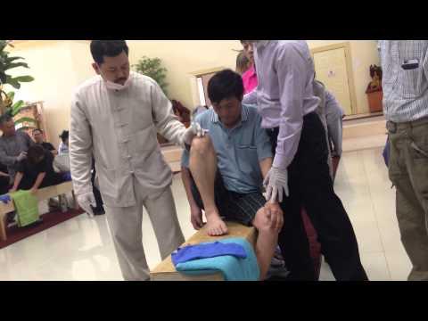 Vo Hoang Yen 2015 Thầy Võ Hoàng Yên chữa bệnh câm