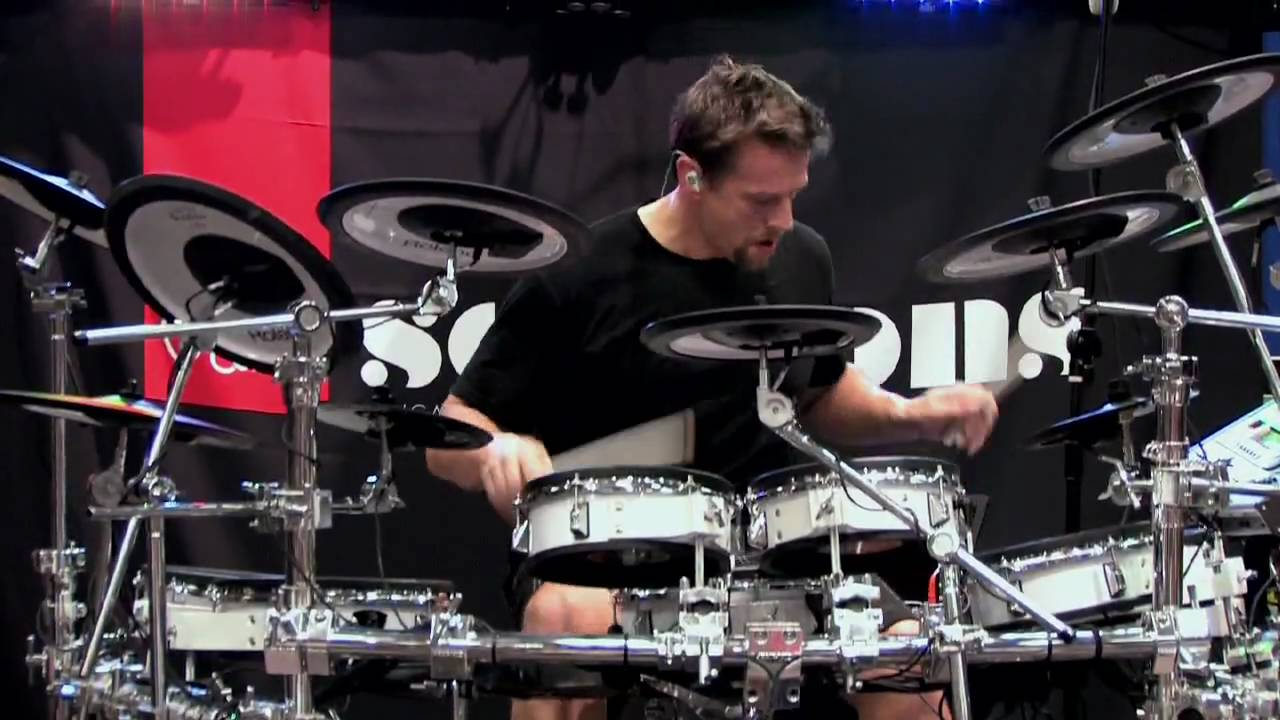 guitar center sessions thomas lang drum solo at guitar center two youtube. Black Bedroom Furniture Sets. Home Design Ideas