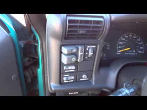 Awesome 1995 Chevy Blazer 4x4 - YouTube