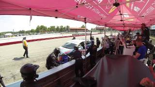 I-MOTO #30 car pits for 2 fronts and a driver change
