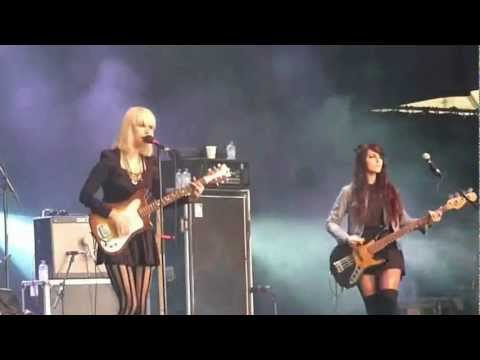Dum Dum Girls - Bedroom Eyes -- Live At Rock Herk 14-07-2012